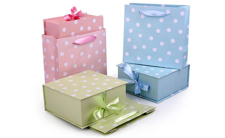 Луксозни опаковки - Кутия за бебешки аксесоари 03