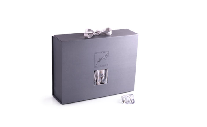 Луксозни опаковки - Кутия за луксозно бельо 02