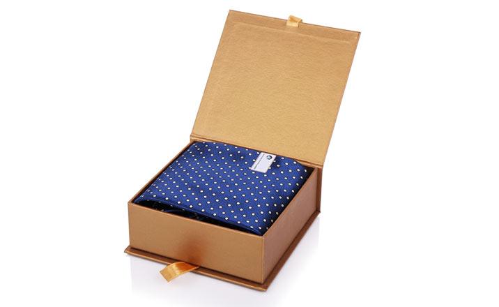 Луксозни опаковки - Кутия за подаръци 02
