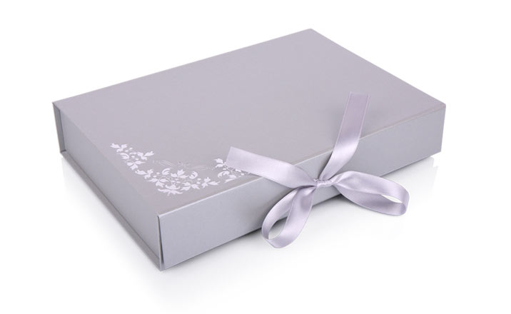 Луксозни опаковки - Кутия за книги 04