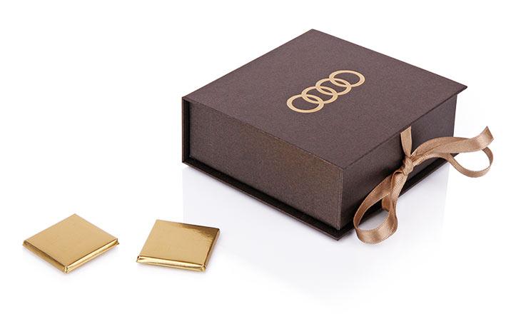 Кутия за подаръци 08