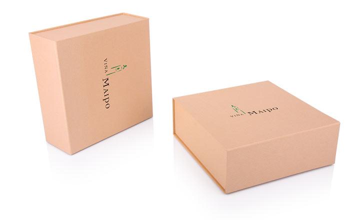 Луксозни опаковки - Кутия за бутилки 36