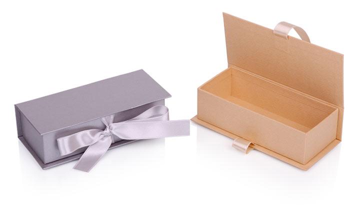 Луксозни опаковки - Кутия за бонбони и шоколад 35