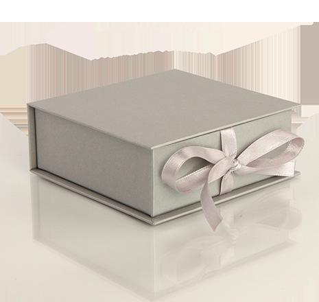 Луксозни опаковки - Квадратни с панделка
